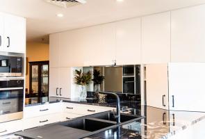 Kitchen Appliance Cupboard Concealed Rangehood