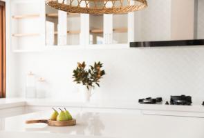 Modern Hampton Timber Veneer Kitchen