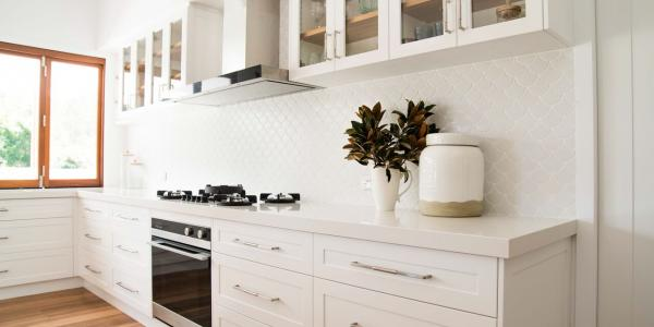 Modern Hampton Home White Shaker Kitchen