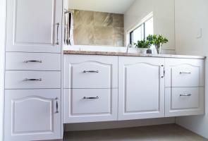 Modern Country Ensuite