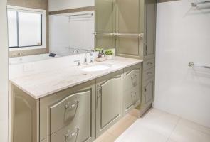 Modern Country Bathroom